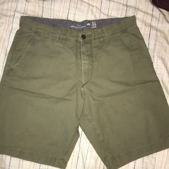 H&M Other - Olive walk shorts